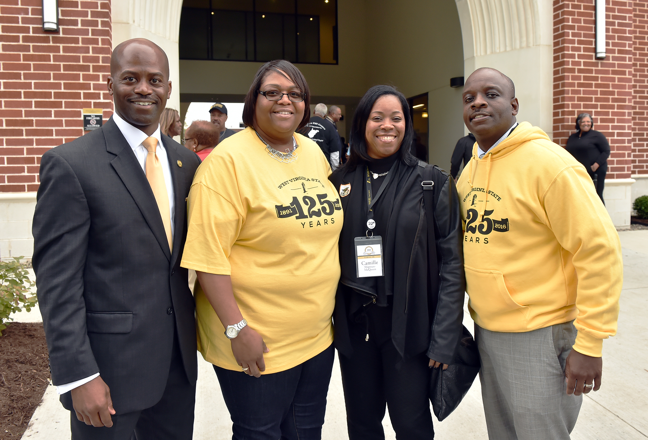 President Jenkins and WVSU National Alumni Association Members