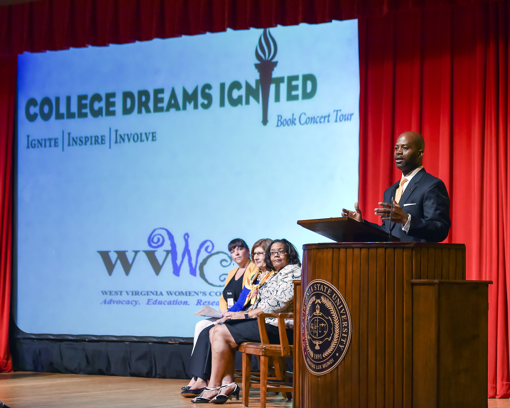 President Jenkins speaks at College Dreams Ignited