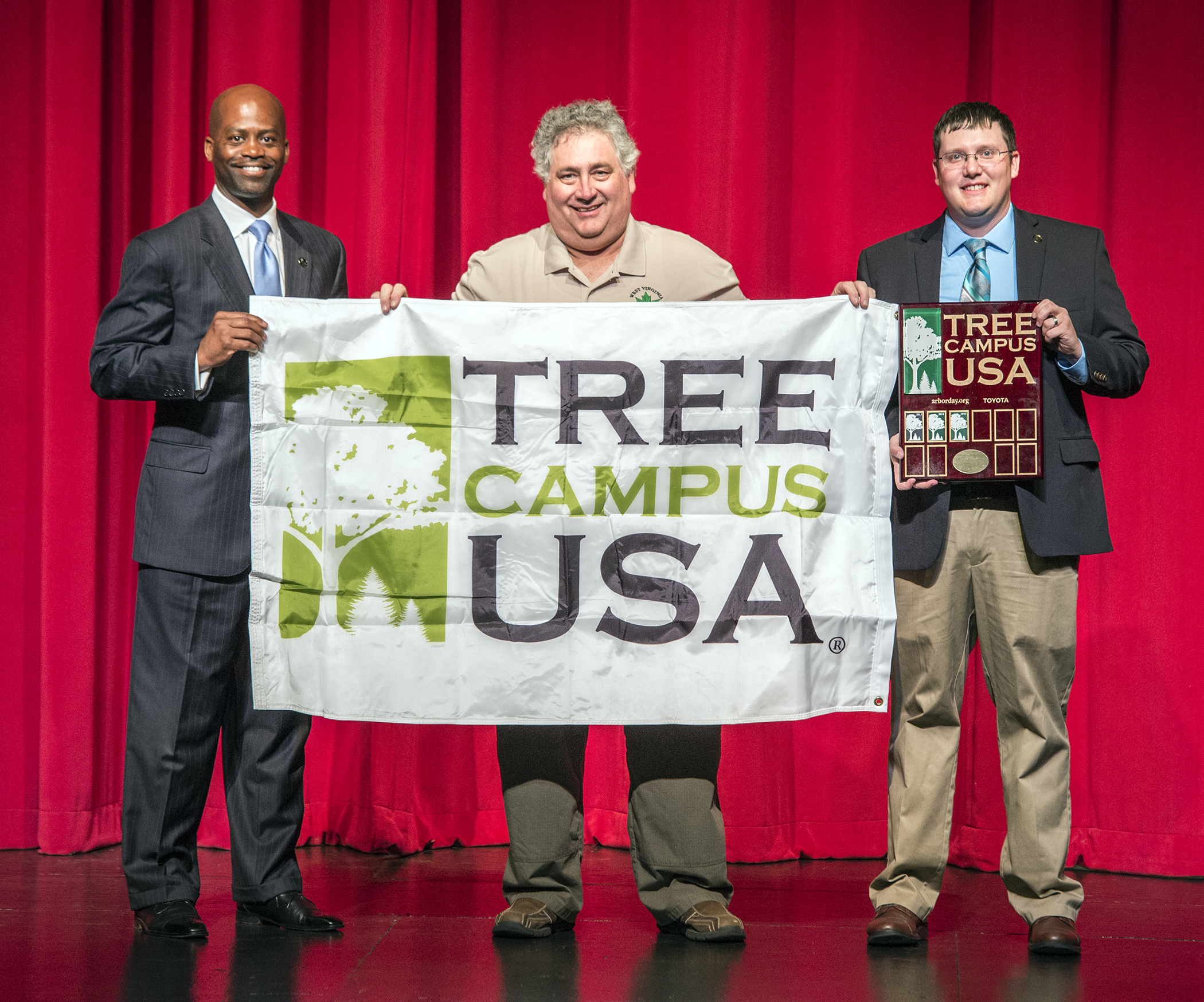 Earth Day 2017 includes Tree Campus USA presentation