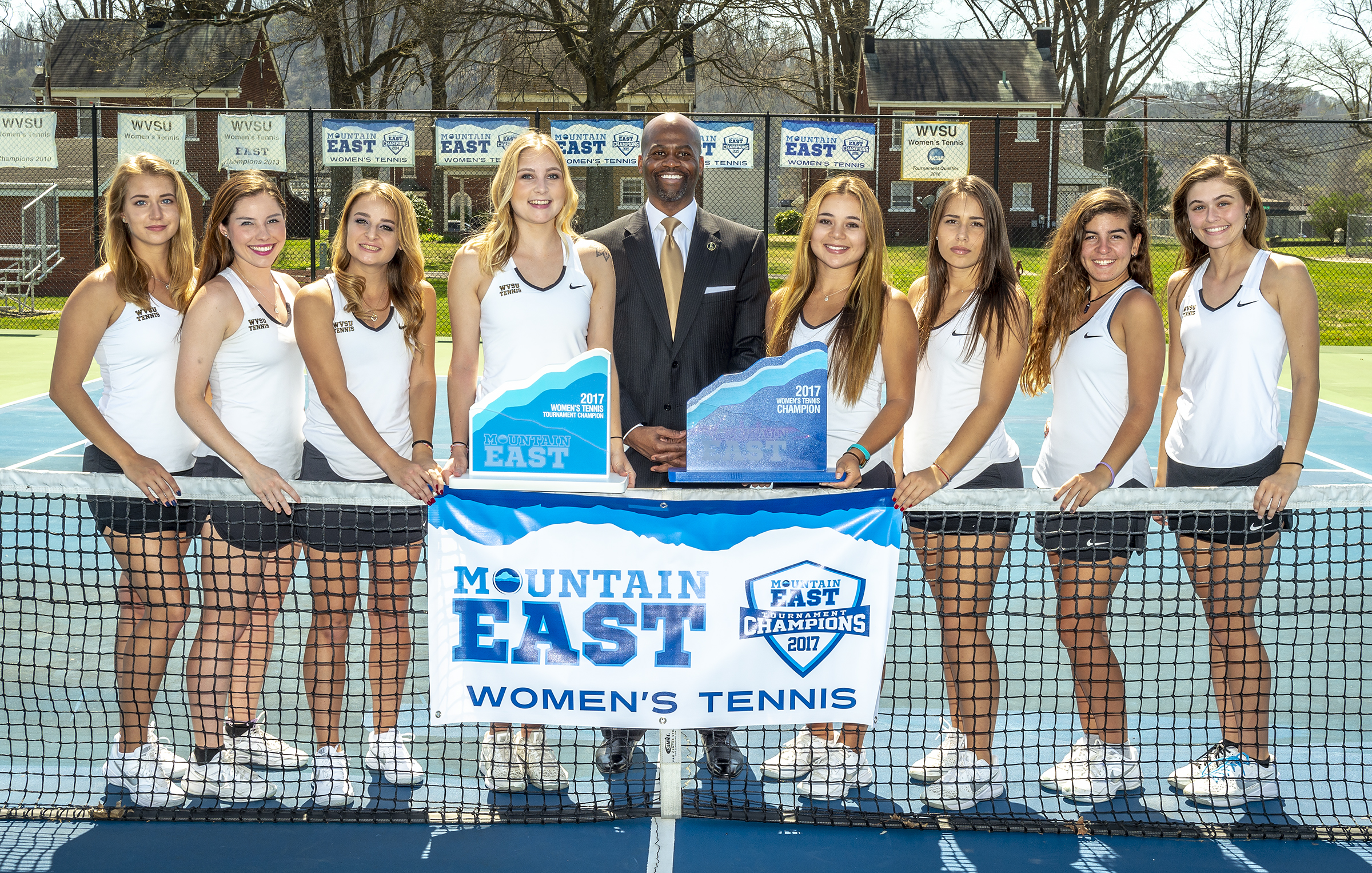 President Jenkins with Women's Tennis Team